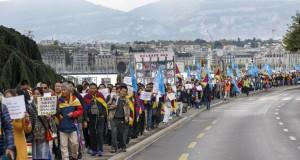 Tibeter-und-Uiguren-demonstrieren-in-Genf_article_full